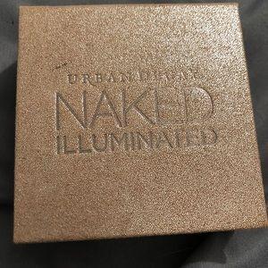 Urban Decay Naked Illuminated